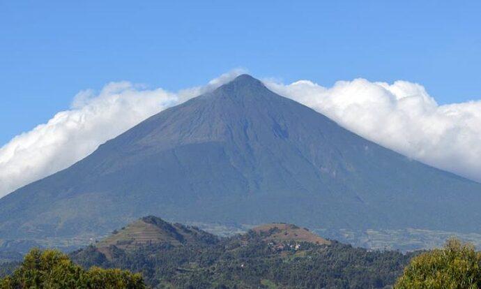 mountain_muhabura-750x450